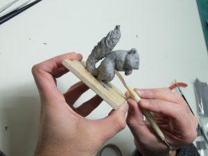フィギュアモデラーが使いやすい最適な粘着性を追求