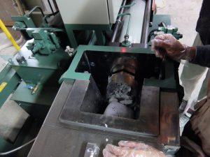 安心の日本国内製造の硬化性樹脂粘土